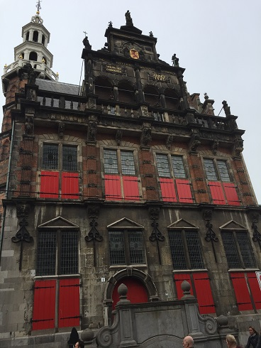 Den Haag8.